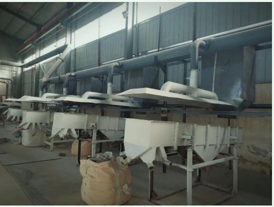 2月22日,磨库的市场走访人员来到了郑州庚辛磨料磨具有限公司。
